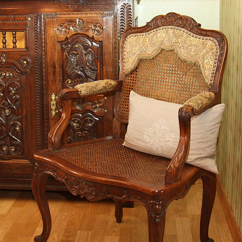 esszimmer antik antik la flair antike m bel und antiquit ten ramstein kaiserslautern. Black Bedroom Furniture Sets. Home Design Ideas